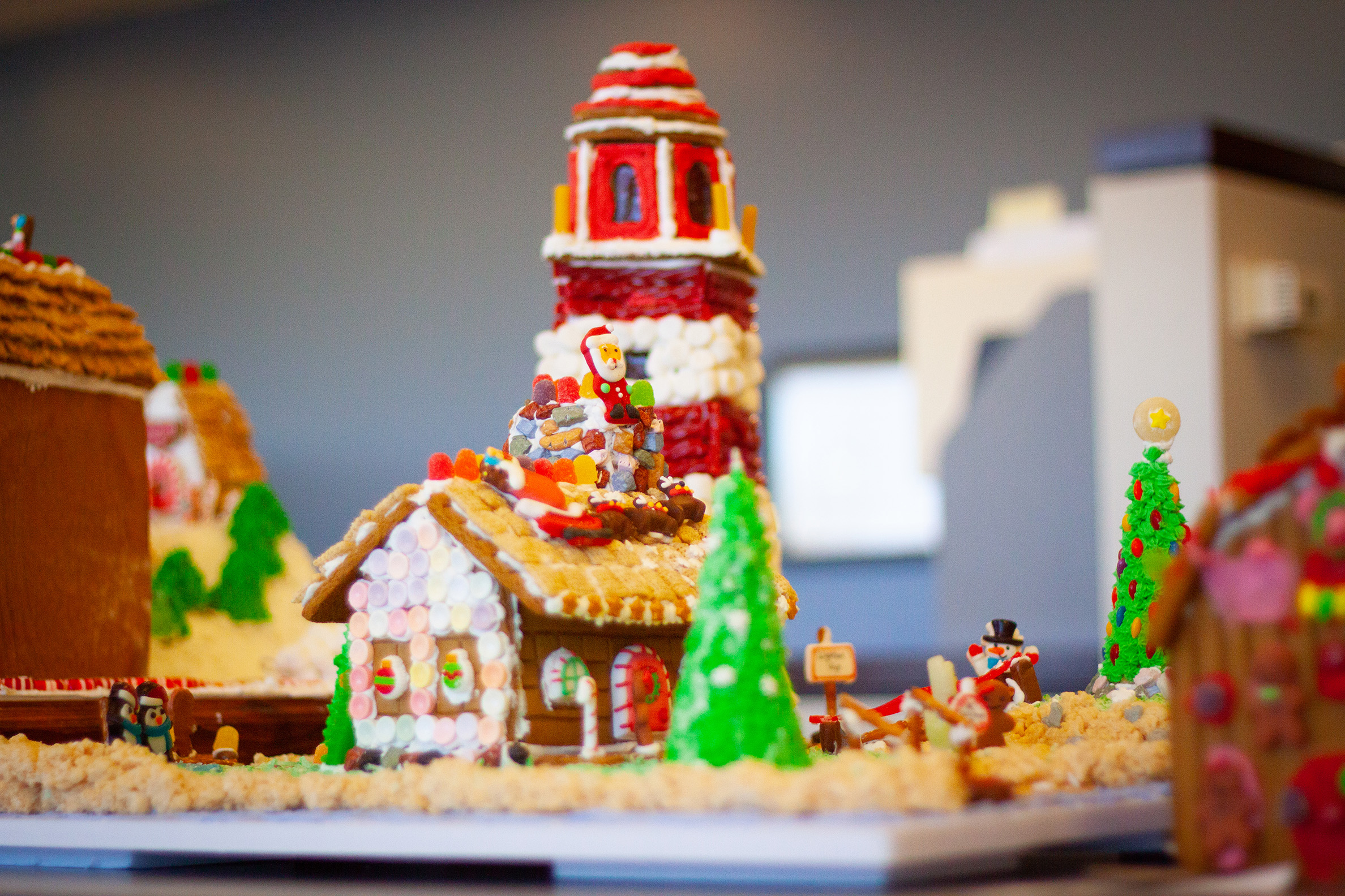 MBH ARCHITECTURE, Holiday Contest